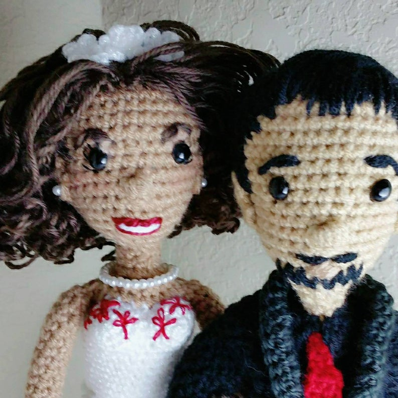 Bride and groom yarn dolls